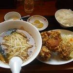 中華料理 紅華楼 - 唐揚げ定食