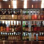26981497 - 店内中央のお酒のショーケース!!