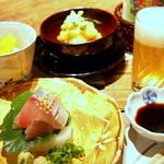 山紫御泊処 はなの舞 - 舌で味わう山海料理と目で楽しめる器たち