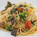 アクアマーレ - サバの燻製と菜の花、トマトの入ったオイルベーススパゲティ【2014年4月】