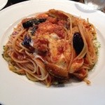VINO VIVO - 揚げ茄子とモッツァレラのトマトソースパスタ