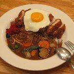 2699300 - カツカレー+野菜、目玉焼きトッピング