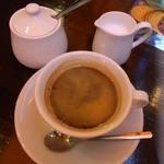 ラ・ピッコラ・ターヴォラ - 食後のコーヒー