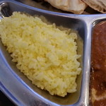 26991929 - 黄色ご飯です。