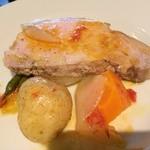 26996158 - 弓豚のロースと野菜のブレゼ