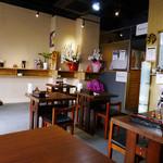 天ぷらそば ふくろう - 移転後の店内