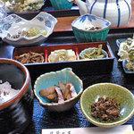 茶店はしもと - 山菜定食。