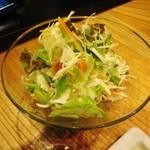 串柾 - お代わりOKの野菜サラダ