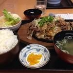 花つつじ - スタミナ鉄板定食 667円…ライス大
