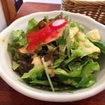 ハンバーグとグラタンのお店 グリチーネ - サラダw