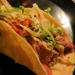 メキシコ料理 ロスノビオス - タコスを包みました☆