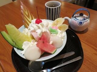 白壁カフェ花ごよみ - 和パフェです。
