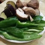 焼肉じゅうじゅう - 焼き野菜¥500