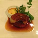 フレンチレストラン ルシータ - 料理写真:牛ヒレ肉とフォワグラのポワレ マデラソース