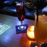 27017725 - パインジュースとクランベリージュース