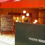TOOTH TOOTH -