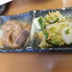 天ぷら徳家 - 徳家定食 740円 食べ放題 キムチとイカの塩辛を取り皿に 【 2014年5月 】