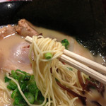 27025441 - 麺箸あげ