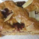 森蔵 - いちごジャムのパイ