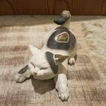 治鮨 - 26年5月 猫の置物