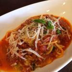 トリエスティーノ - 茄子とモッツァレラのトマトソース