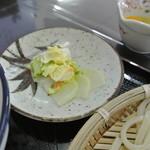 肉うどん 野島 - 漬物