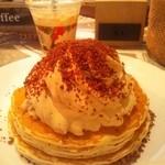 ホノルルコーヒー - コナコーヒークリームパンケーキ&アイスカフェラテ