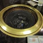 27045126 - 炭火で焼きます
