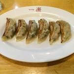 中華食堂 一楽 - 餃子もちょうどイイ