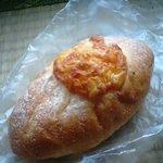 2705028 - 名前忘れた!チーズ入りフランスパンです