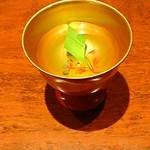 27061590 - 菖蒲酒