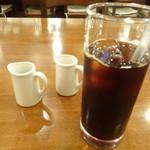 タヴェルナ メッシーナ - アイスコーヒー