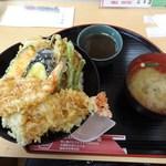 天壱 - 750円の上天丼(チラシのサービスで500円でした)