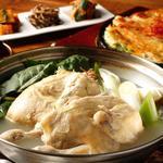 シクタン - タクハンマリ:さっぱりした鶏一匹鍋