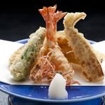 割烹 天ぷら 三太郎 - 活巻天ぷら盛合せ ¥3,200