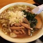 横田食堂 - チャーシュー麺