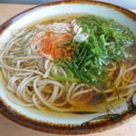 駅そばKIOSK - めかぶ蕎麦
