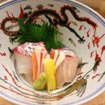 赤坂 菊乃井 - アジと鯛のお刺身