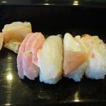 まゆみ寿し - 料理写真:中トロ、そい、北寄貝、えび