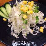伝説のすた丼屋 - ミニサラダw