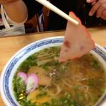 吉田食堂 - 薄〜いハム・焼豚・カマボコ!久々に見ましたよ、ゆで卵スライス(笑)