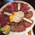 肉料理 村長さん - 得々セットのお肉
