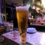 """TWO SAM'S UP - 名物""""でっかい生ビール¥600"""