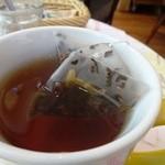 シャンデレール - メリメロ?(お花の入った紅茶♪)