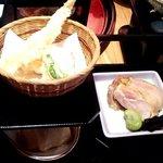27095784 - 天ぷらの下の胡麻豆腐が食べにくかった