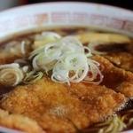 旭川大吉ラーメン - とんかつラーメン(醤油)