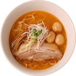 麺創研かなで・改 - 燻たま海老らーめん(2013年11~12月限定)