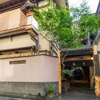 都選定歴史的建造物で贅沢なひとときをお過ごしください