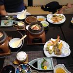 いと - 蟹釜飯定食1200円と天ぷら単品。