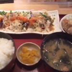築地食堂 源ちゃん - かつをのっけ盛り&鶏唐揚げ定食(14-05)